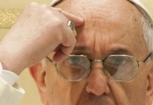 Ferenc pápa a hitetlenek üdvözüléséről